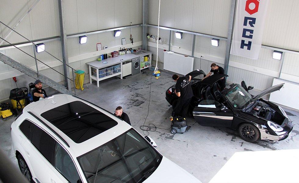 Fahrzeugpflege Laabs In Berlin Schonefeld Das Auto Polieren Lassen